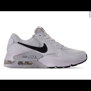 woman air max excee